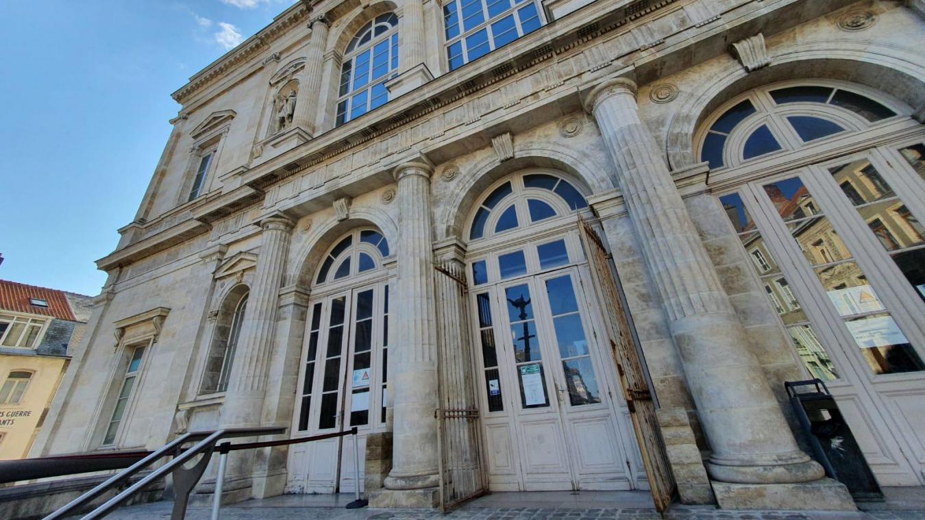 L'individu a été condamné par le tribunal de Boulogne-sur-Mer.