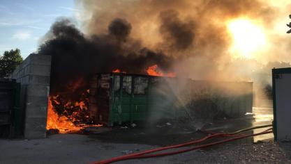 Beaumerie : important incendie à la déchetterie Astradec