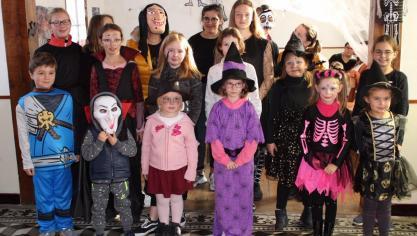 Recques-sur-Course : monstres et sorcières ont fêté Halloween
