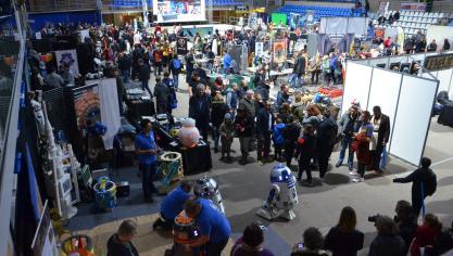 Les visiteurs ont été nombreux lors de la première journée de Ch'tar Wars 2.0 , ce 9 novembre 2019. La convention se déroule également les 10 et 11 novembre. (Cliquez sur les flèches de droite et gauche pour faire défiler les photos de l'album).