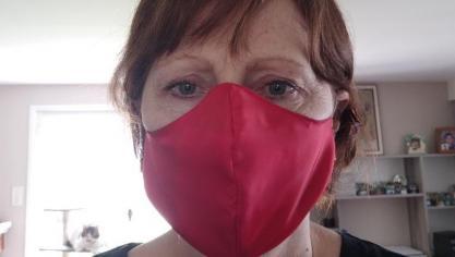 À Mametz, le club couture fabrique des masques