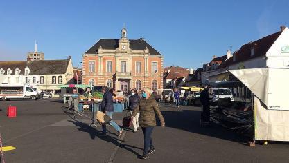 Étaples : un marché alimentaire de retour sur la place depuis ce mardi matin 7 avril