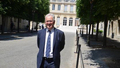Le député Jean-Pierre Pont défend les abonnés Canal + et BeIN Sports