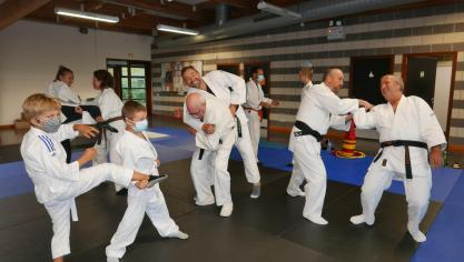 Merville: les vertus des cours de self-défense pour tous
