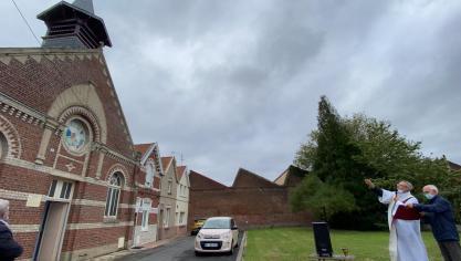 Hazebrouck : le clocher de l'église Sacré-CSur a été béni ce matin (vidéo)