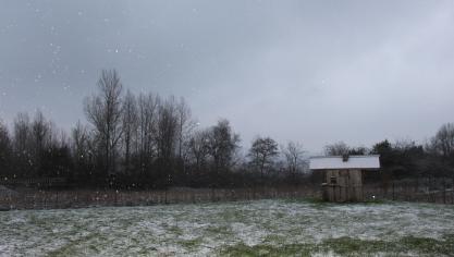 La neige est aussi tombée dans le Desvrois, comme ici à Brunembert.