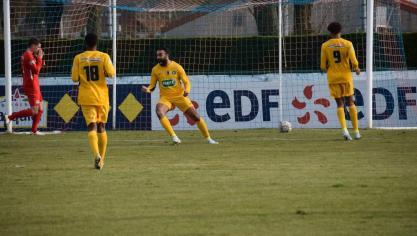 La joie des Boulonnais après avoir inscrit le 3-0 scellant leur victoire.