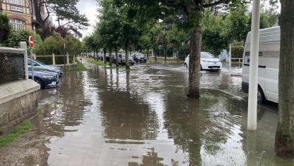 Des pluies orageuses provoquent d'importantes inondations au Touquet-Paris-Plage (vidéo)