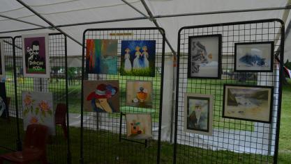 Exposition de peintures.