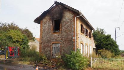 L'incendie s'est déclaré un peu avant 14 heures.