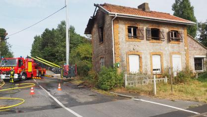 Coulogne : le premier étage d'une maison abandonnée en feu